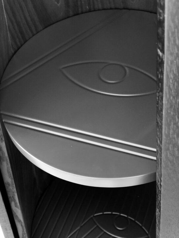 Salvatore Cabinet Detail